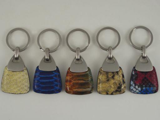 Esclusivo portachiavi in pitone Multicolor 1 TL140738