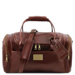 TL Voyager Travel leather bag with side pockets - Small size Коричневый TL142142